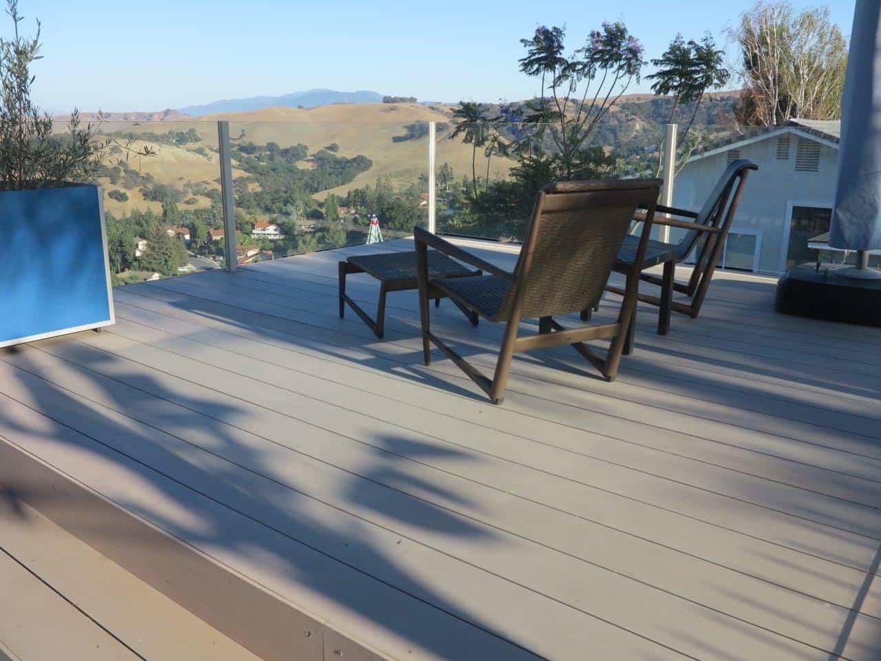 Terrasse mit Resysta Boden