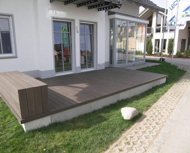 Terrasse m Sitzgelegenheit